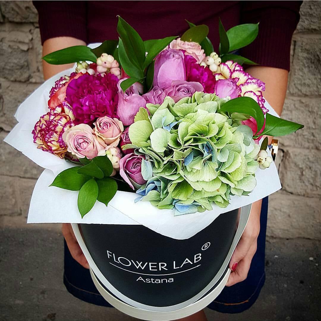 Заказ букетов астана с доставкой цветы