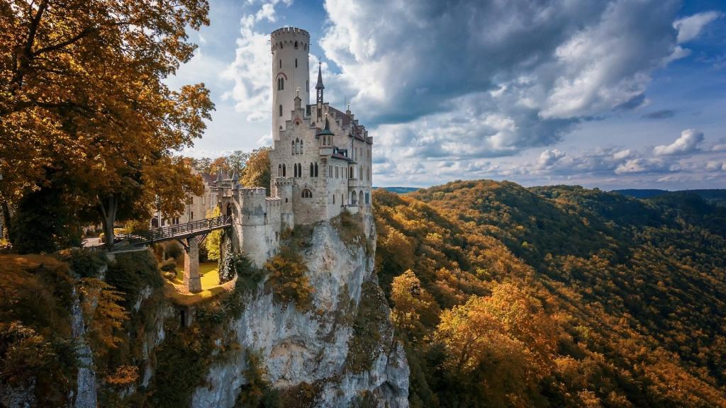 Liechtenstein castle.jpg