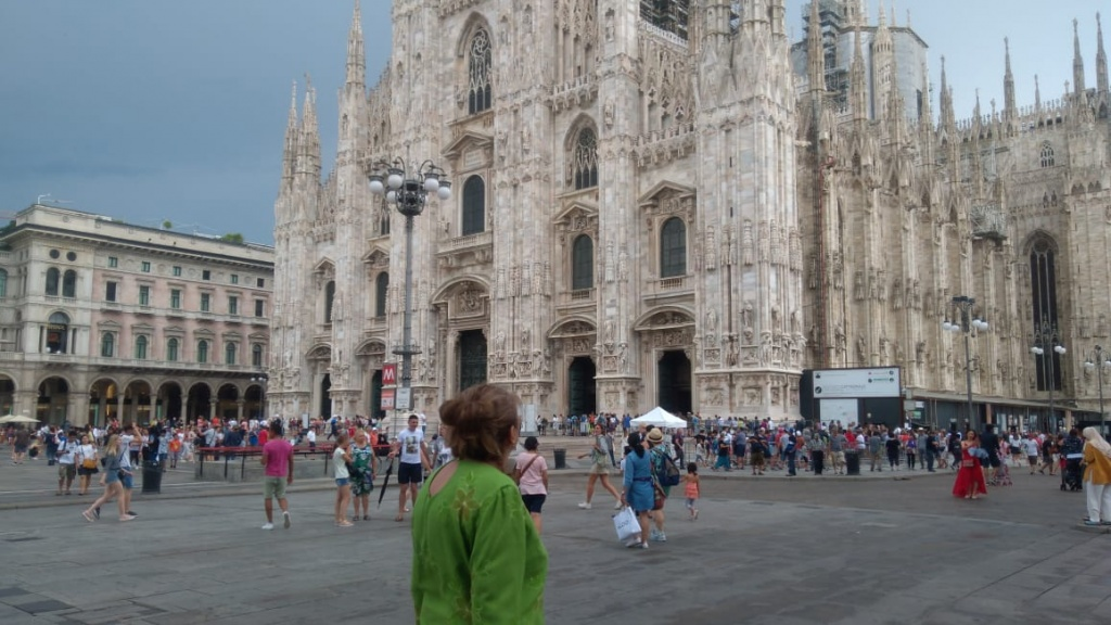 Милан и мама.jpg