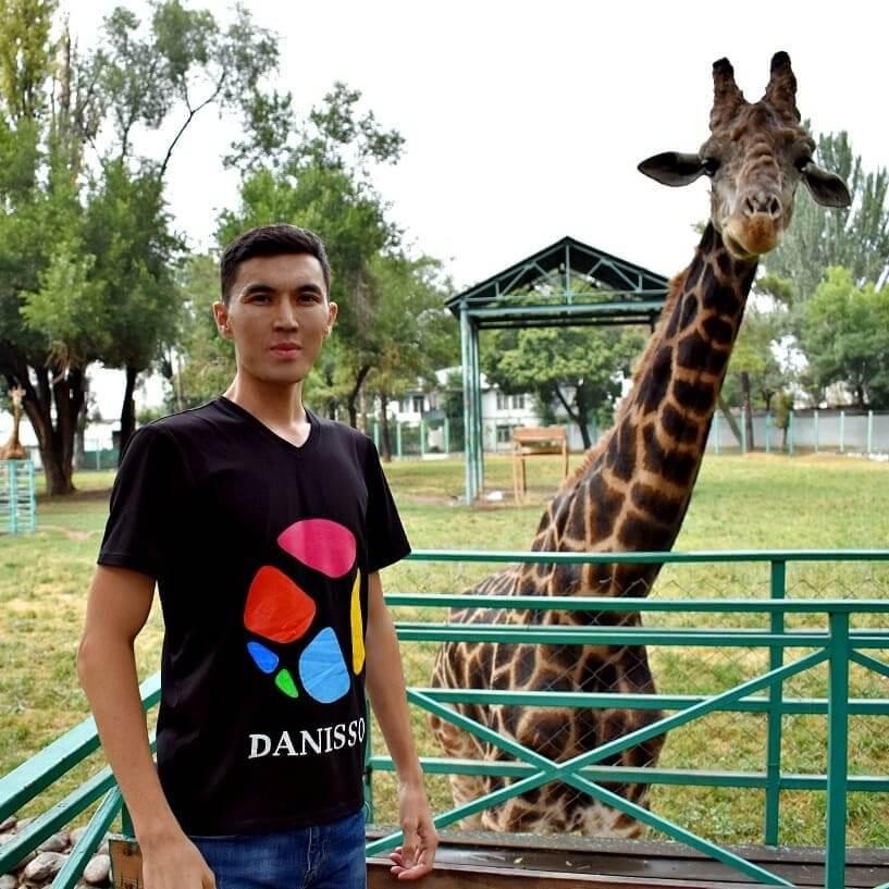 Экскурсии в Узбекистан главный герой.jpeg