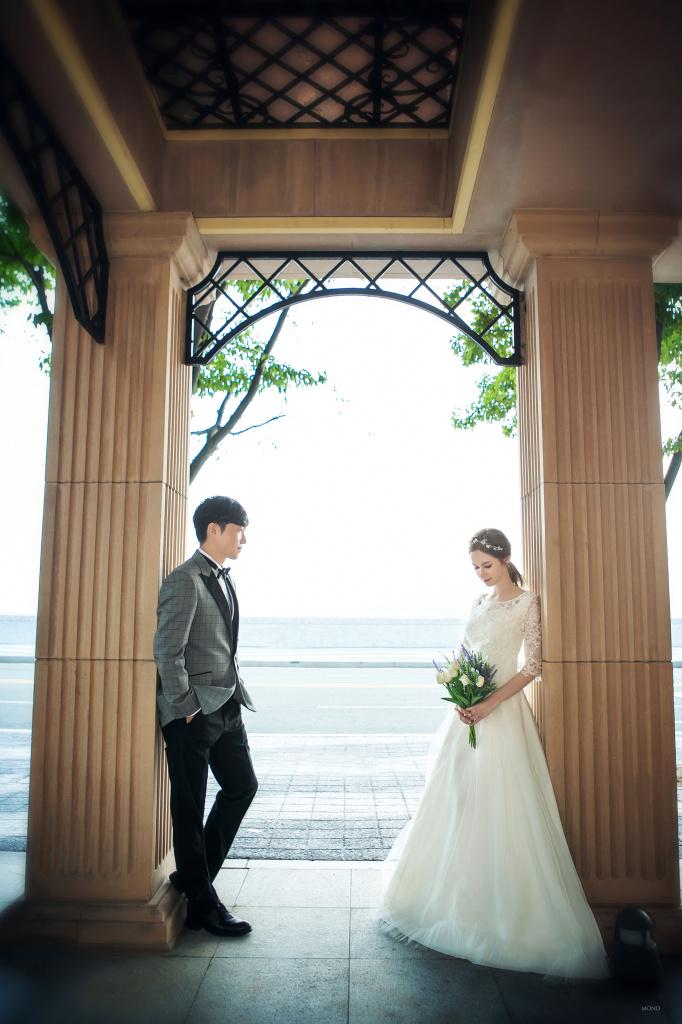 Свадьбы в Азии: как выйти замуж за два часа и сколько денег дарят молодым