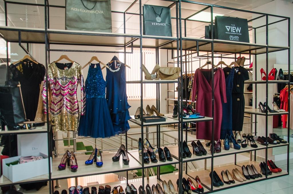 Открыть магазин недорогой одежды