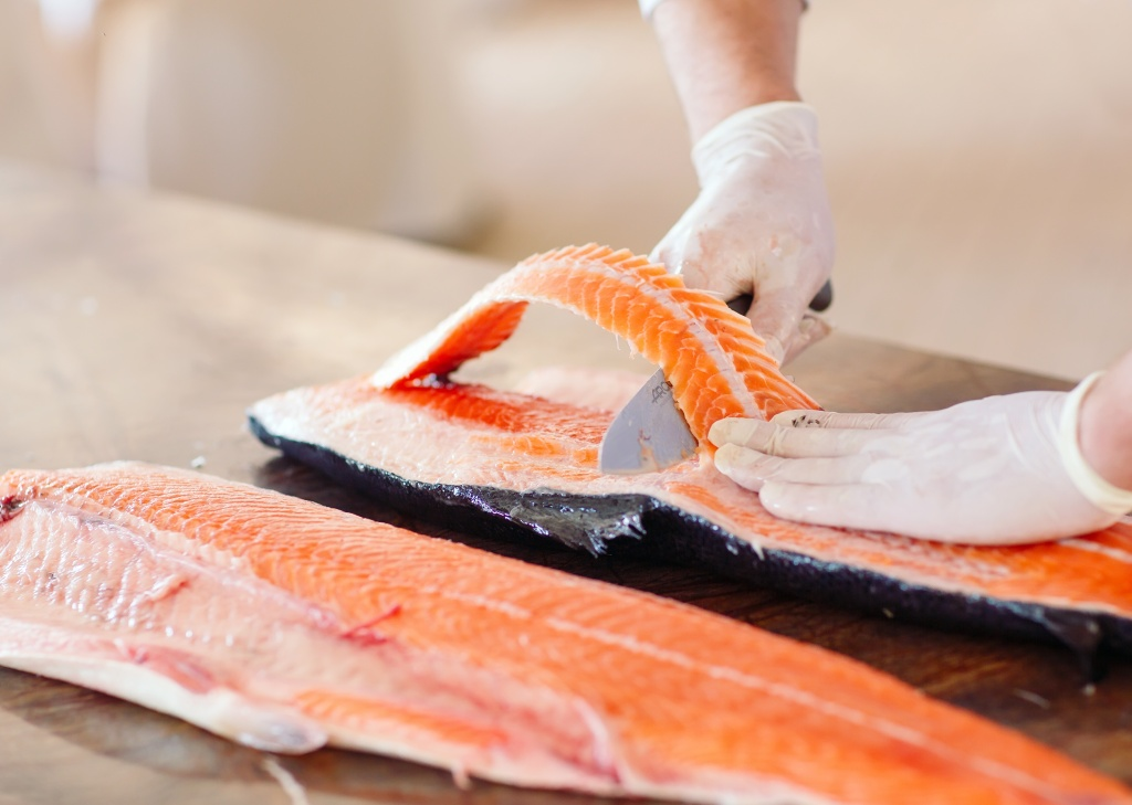 salmon_narezka.jpg