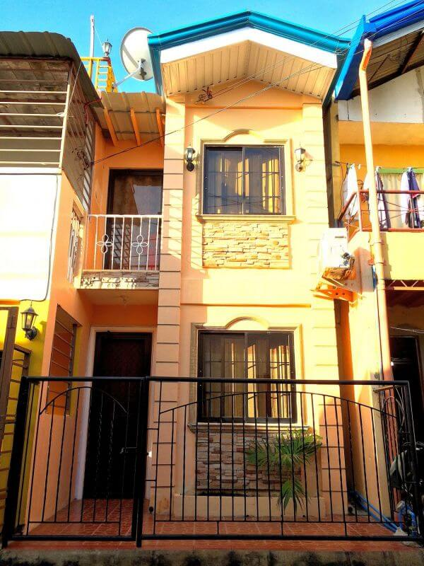 Town House at Basak Lapu2 City Cebu.jpg