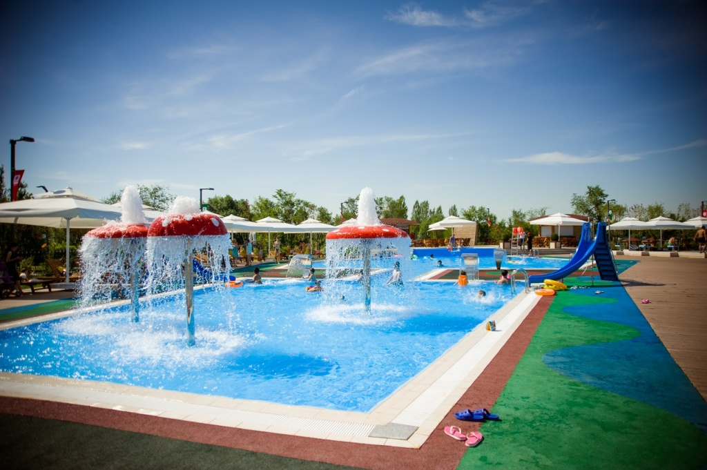 6 Swimming Pools In The Open Air In Astana Weproject