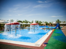 6-swimming-pools-in-the-open-air-in-astana