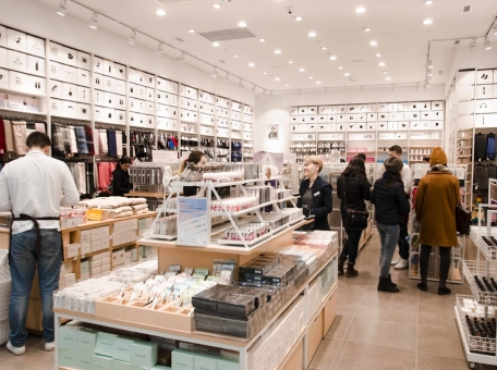 5-stores-in-astana-where-it-is-possible-to-buy-everything-for-350-kzt-and-900-kzt